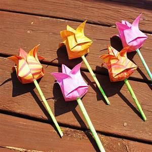 Einfache Papierblume Basteln : rose aus papier basteln anleitung ~ Eleganceandgraceweddings.com Haus und Dekorationen