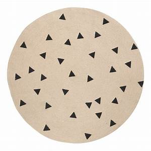 Tapis Rond Design : tapis rond triangles noirs d100 cm ferm living kids design enfant ~ Teatrodelosmanantiales.com Idées de Décoration