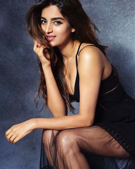 Nidhhi Agerwal Hot And Sexy Munna Michael Actress Photos Wiki Height
