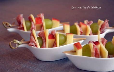 recette brochettes de fruits fromage  salami