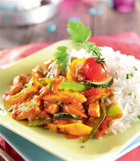 cuisine au wok poulet wok de légumes au poulet sauce tandoori cuisine wok