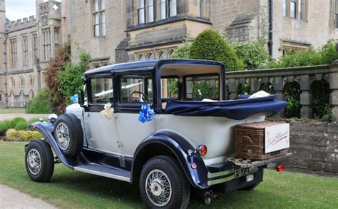 Vintage Car Hire| Badsworth Wedding Car In Mansfield