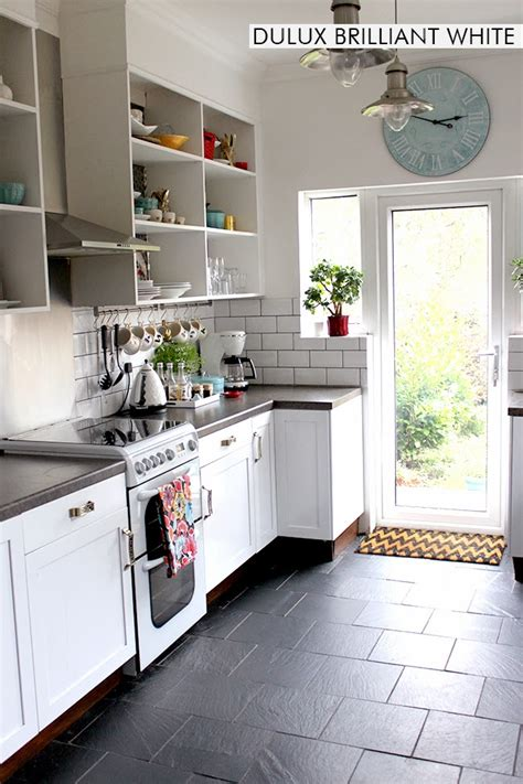 dulux paint for kitchen cabinets let s talk paint the colours of swoon worthy swoon worthy 8843