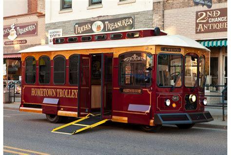 Macnab Transit Sales Corp - Hometown Trolley- Carriage
