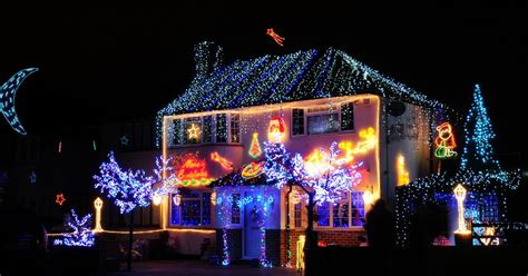 christmas  search  surreys  decorated house