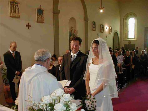 irlanda nel  aumentano  matrimoni  chiesa uccr