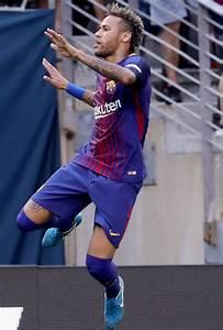 Barcelona News: Neymar will earn same as Lionel Messi ...