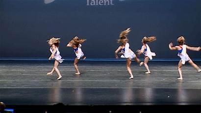 Elliana Walmsley Dance Gifs Moms Wikia Latest