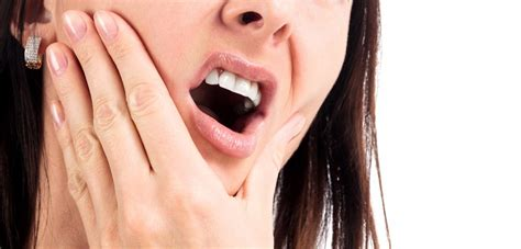 tooth abscess  symptoms  treatments
