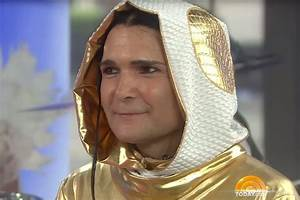 Corey Feldman Loses His Damn Mind Again With Another Today ...
