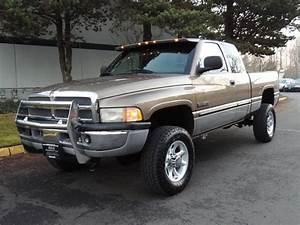 2001 Dodge Ram 2500 Slt   4x4    5 9l Cummins Diesel   6