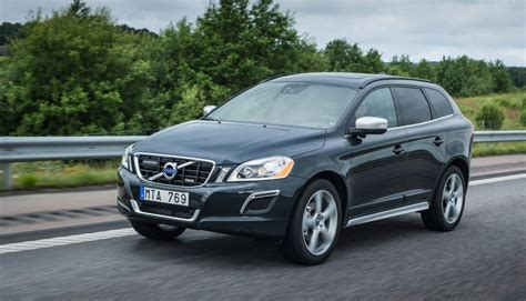 volvo xc reviewed  infiniti  priced