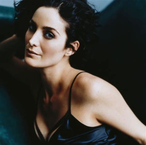 50 Carrie Anne Moss Nude Hot Naked Sexy Topless Pics