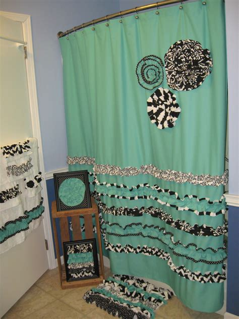bathroom set shower curtain towels wall pictures rug