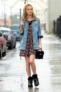 45 Fashionable Rainy Day Outfit Ideas to Create a Sparkling Style