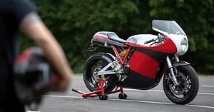 Motoworks U0026 39  Ducati 900  The Supersport Revival Continues