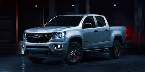 Chevrolet Colorado Hd Picture by 2018 Chevrolet Colorado In Lights Background Hd