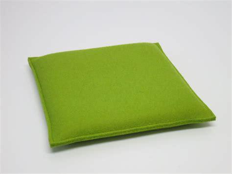 spannbettlaken steghöhe 30 cm quadratische kleine sitzkissen aus filz ma 223 e 30 x 30 cm