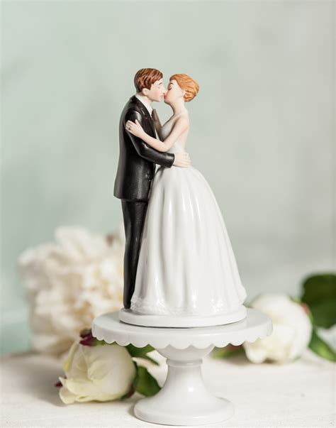 Romance Kissing Couple Wedding Cake Topppers