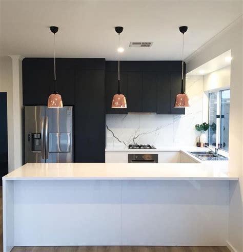 line kitchen cabinets best 25 galley kitchen design ideas on 3807