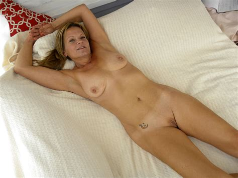 M90166286 11ca  In Gallery Hot American Milf Gilf Great