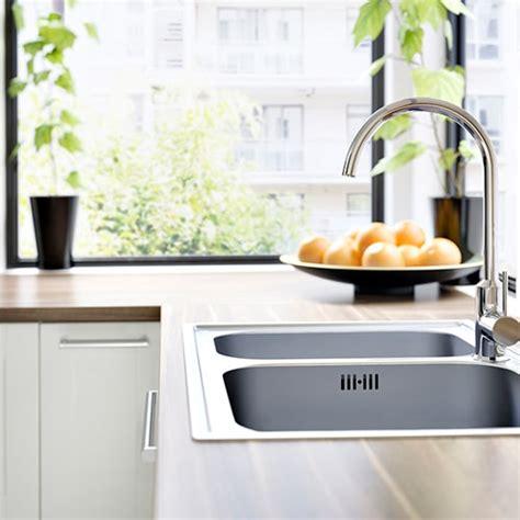 comment cr馥r sa cuisine revetement adhesif pour plan de travail de cuisine maison design bahbe com