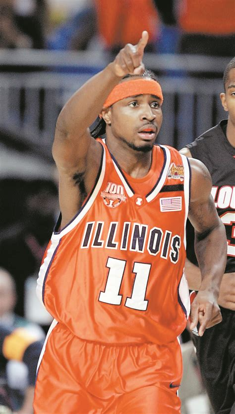 illini star dee brown officially joins uic basketball
