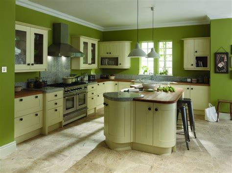 10 beautiful kitchens with green walls 563 green kitchen decoration ideas 750x563