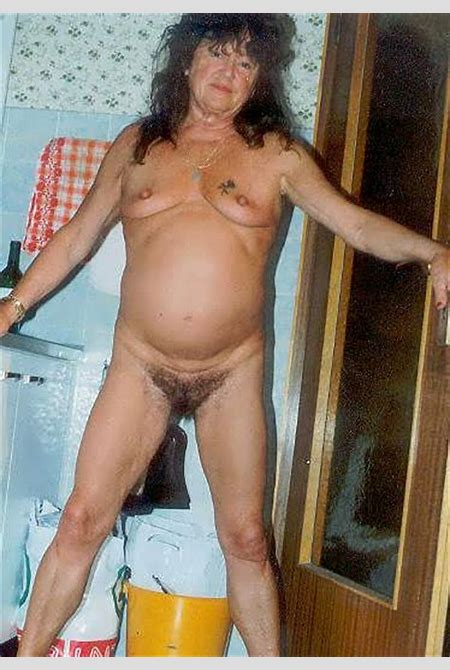 Granny Tits Free - Carnalio.com