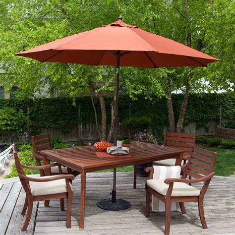 recreating your gardens and patios with outdoor umbrellas