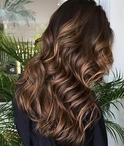 Balayage Cheveux Bouclés : diff rents balayage pour les diff rentes coupes de cheveux ~ Dallasstarsshop.com Idées de Décoration