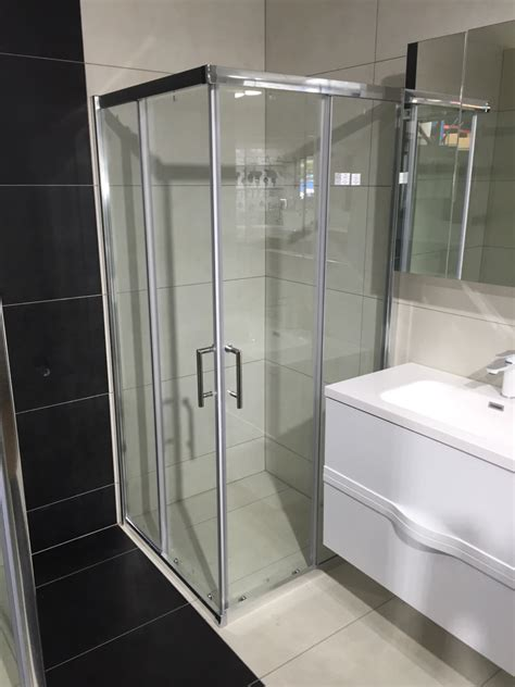 square shower box  corner entry   sliding doors