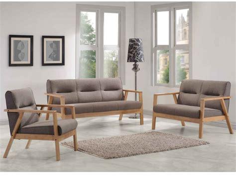 canapé en bois canapés et fauteuil umea en bois et tissu taupe chiné