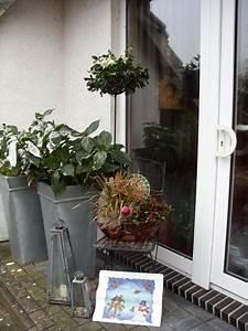 Advent Vor Der Haustür : deko mit weinkisten vor der haust r raum und m beldesign inspiration ~ Whattoseeinmadrid.com Haus und Dekorationen