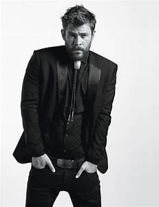 Shirtless Men On The Blog: Chris Hemsworth & Liam ...  Chris