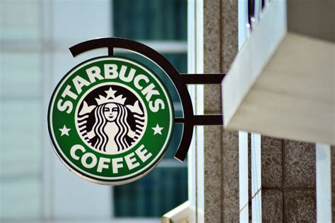 The Rise of the Most Influential Coffee Brand: Starbucks ...