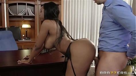 Twerking On The Dick Must See