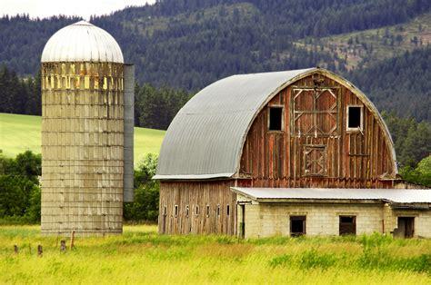 12 Beautiful Old Barns In Idaho