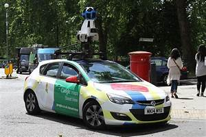 Google Street View Car : google street view car shames man pictured having a wee up a wall for the world to see mirror ~ Medecine-chirurgie-esthetiques.com Avis de Voitures