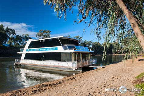 Echuca Houseboats by Echuca Luxury Houseboats Murray Houseboat Holidays