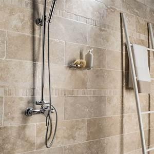 Carrelage Travertin Leroy Merlin : le carrelage mural veille votre salle de bains ~ Voncanada.com Idées de Décoration