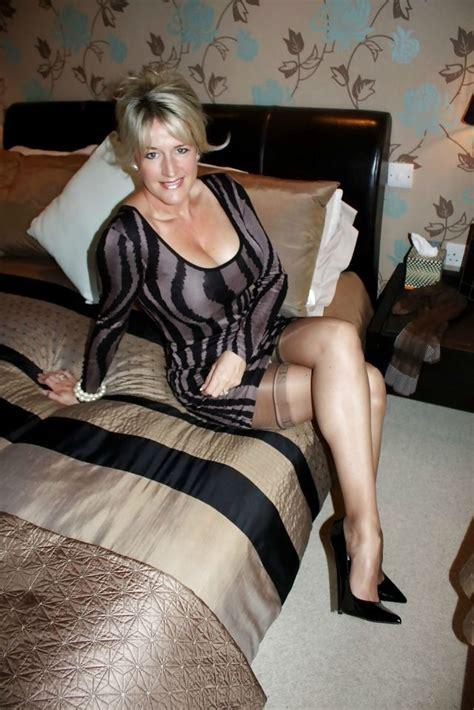 hot mom waiting milf tags milf luscious