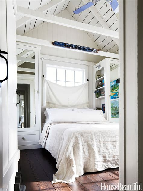 small bedroom decorating ideas design tips  tiny