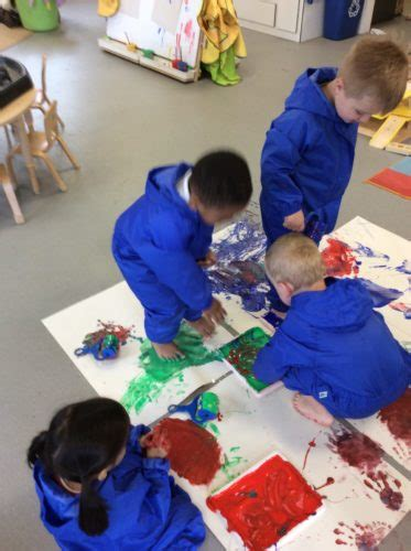 messy play st marks    primary school