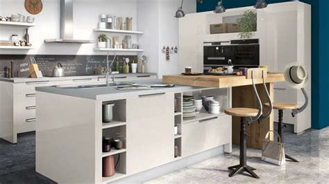 renovation credence cuisine modele credence cuisine armoires de cuisine blanches