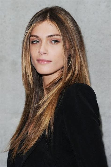 Elisa Sednaoui Ist Kampagnenmodel Für Giorgio Armani Ux