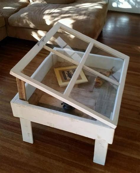 Reclaimed Old Window And Pallet Coffee Table Pallet