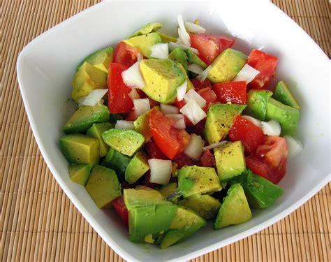cuisine avocat salade de tomates et avocats cuisine az