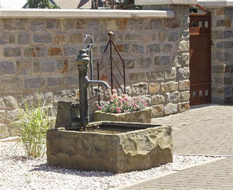 Zisterne Und Brunnen Im Garten Bauende