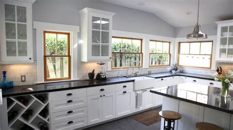 cabinet refacing  refinishing trends   angies